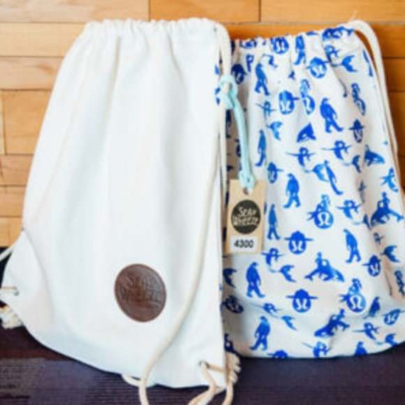 Lululemon SeaWheeze Half Marathon Cinch Bag o/s
